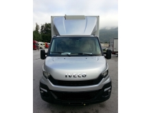 IVECO DAILY mit 3D-Spoiler.